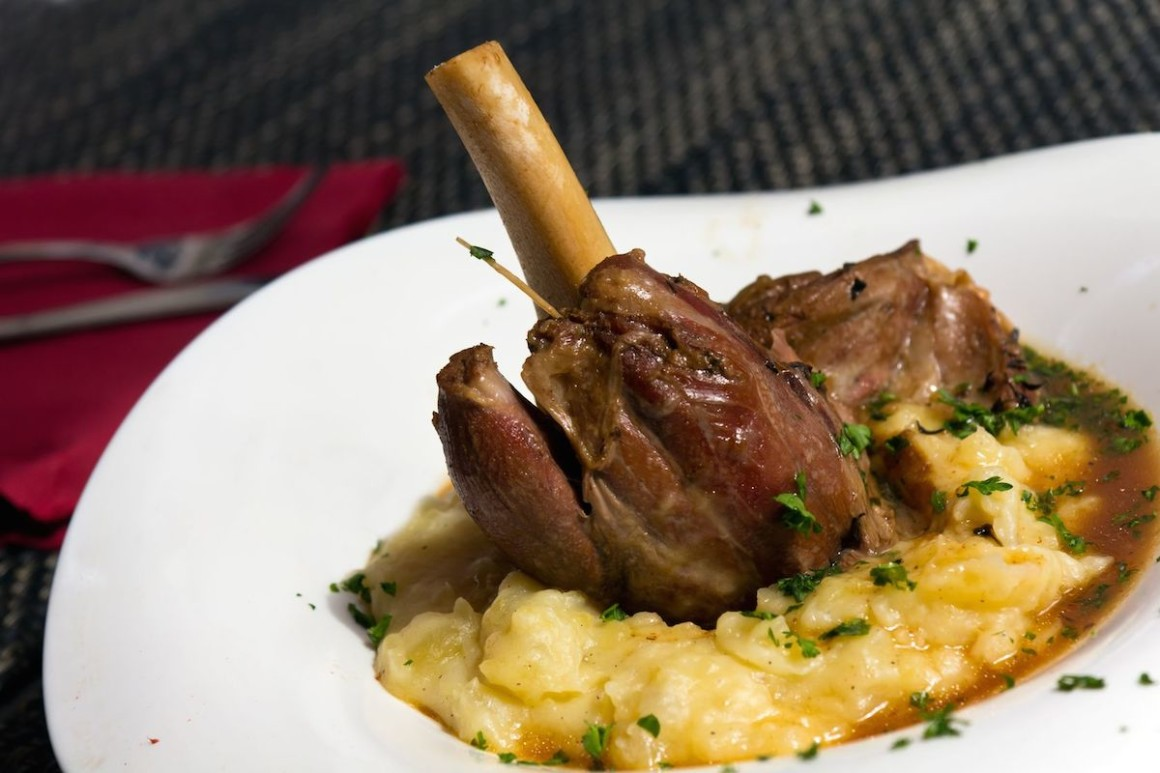 Beerknews / Survive Winter With Beer-Braised Lamb Shank - Beerknews